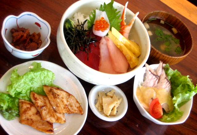 海鮮丼&まぐろ生姜焼セット